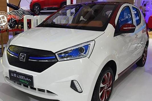 众泰汽车云家族三公子云100plus即将开启预售
