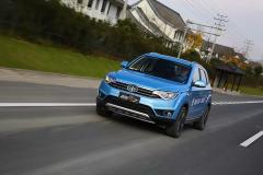 试驾   一汽推出了不到10万的智能化SUV,月销量一下子破万了?