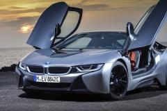 2018 BMW i8 Coupe亮相,搭载混动系统百公里加速4.4秒