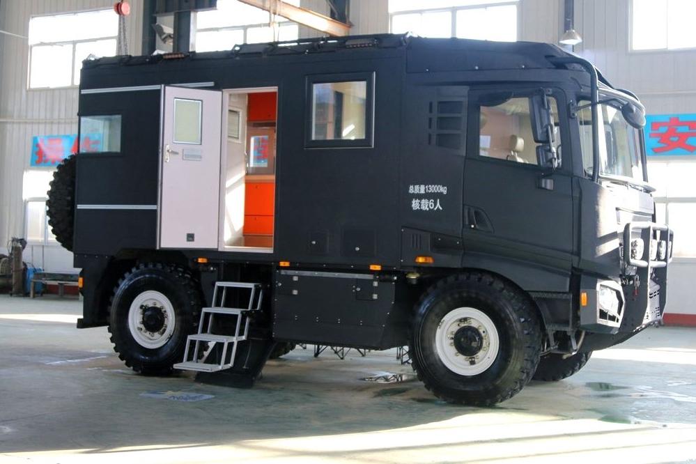 【汇·资讯】挑战奔驰乌尼莫克的中国首款自主越野房车来了!