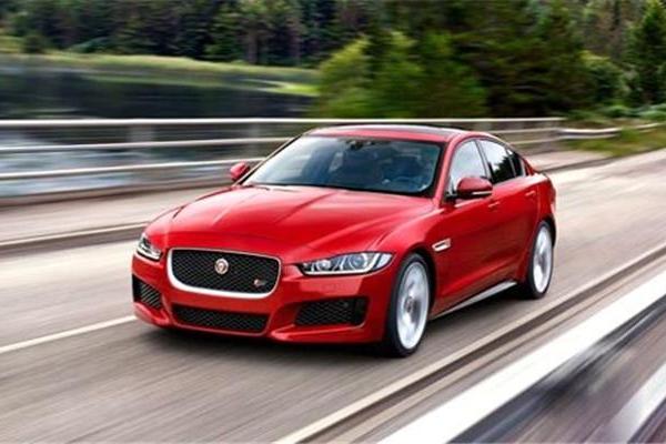 三款豪华中型家轿,精致、优雅极富运动天赋