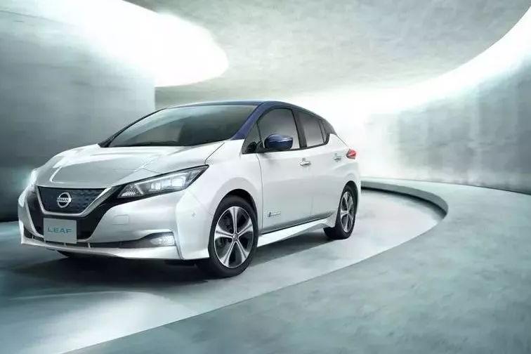 新款日产聆风英国起售价约19.3万,全球最好卖的纯电动车即将来华!