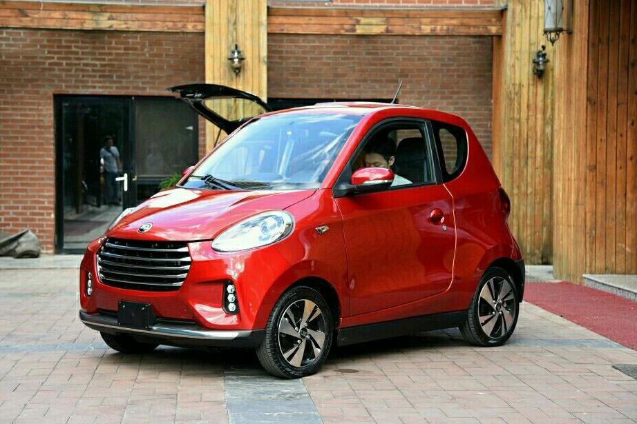 裸价5万,车内一个气囊都没有,这款国产电动车销量竟还高居榜首