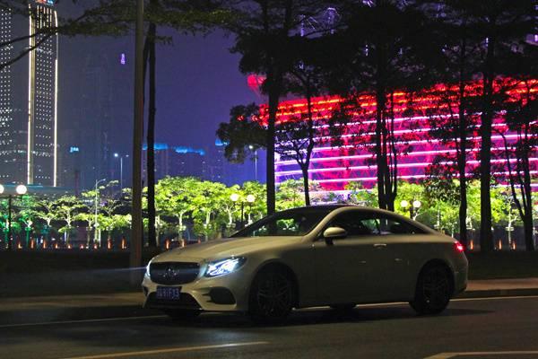 奔驰E200 4matic coupe首试:E For Elegant