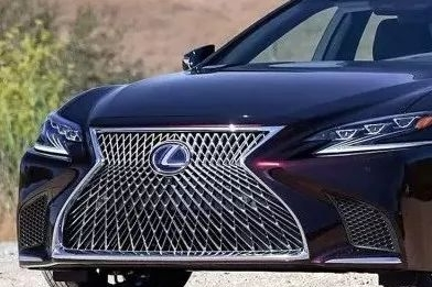 88.8万起售的全新雷克萨斯LS 能否干掉奔驰S级?!