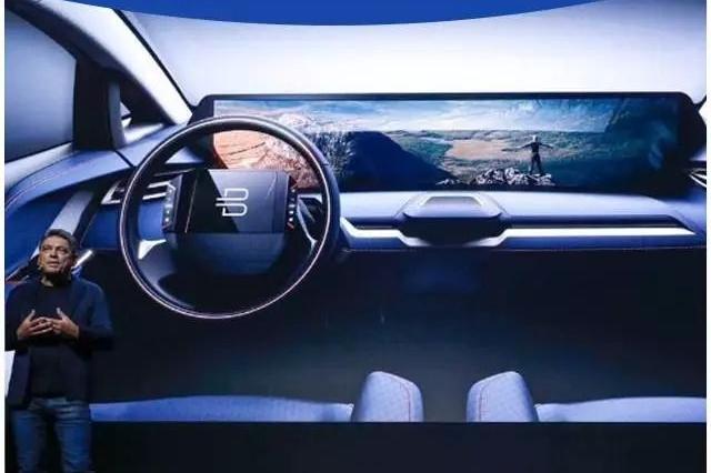 50寸巨屏,比电视大!这台刚曝光的中国SUV秒杀特斯拉!