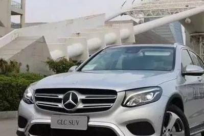 多花12万选9AT,奔驰GLC就平顺省油?昂科威不服!