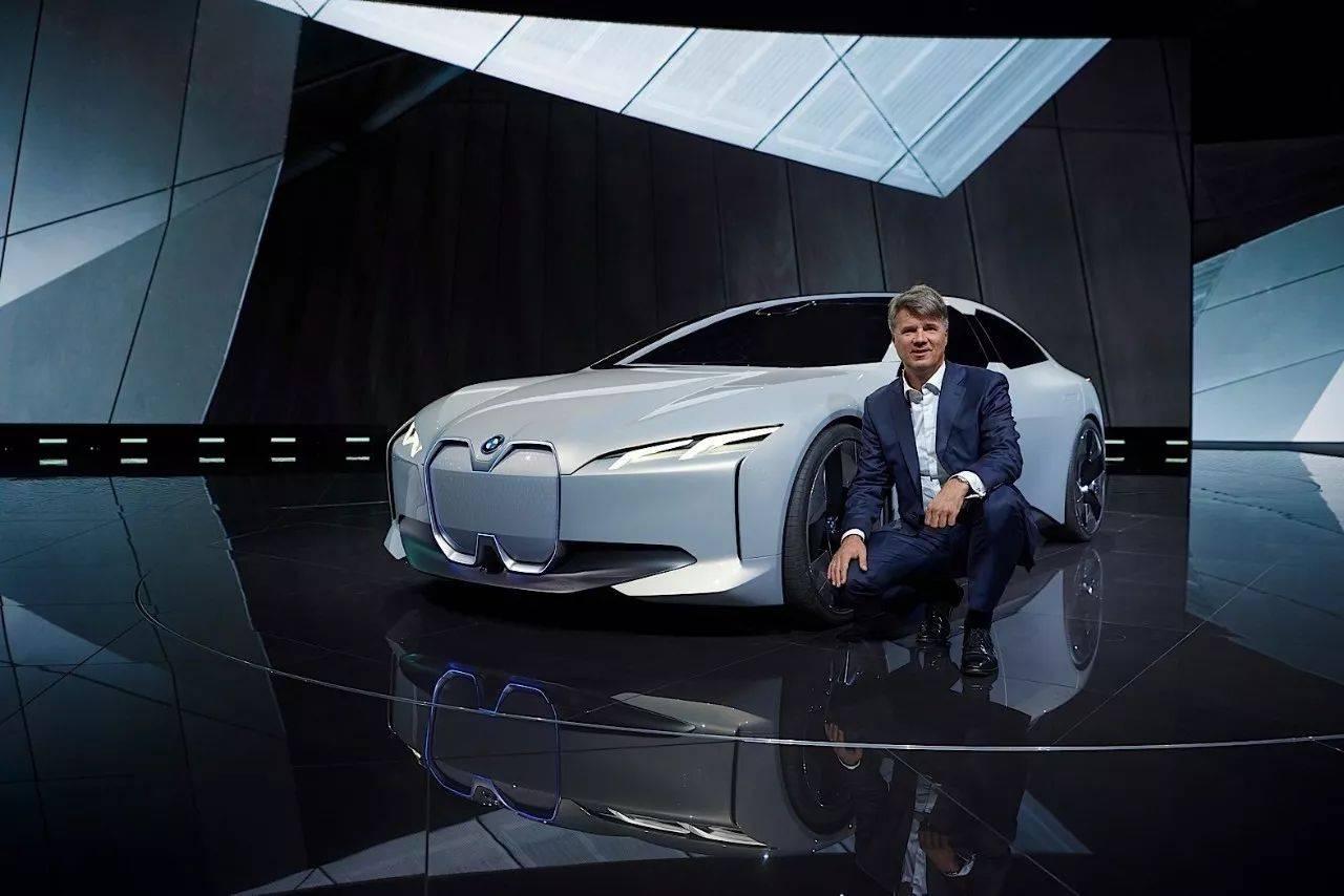 BMW i家族又有新成员,介于i3与i8之间的全新轿跑600km不充电