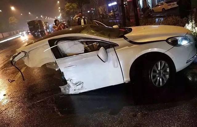 """沃尔沃被""""撕裂""""说明安全驾驶才是保命关键"""