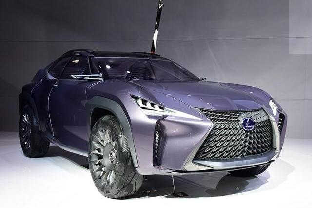 雷克萨斯最帅SUV!看着像战车,比X1漂亮十倍,奔驰GLA瞬间怂了