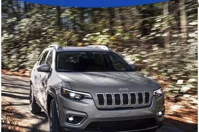 20万出头最火的Jeep出新款,B格与颜值爆棚,即将国产!