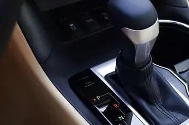 为什么大家都买2.0T排量的车?