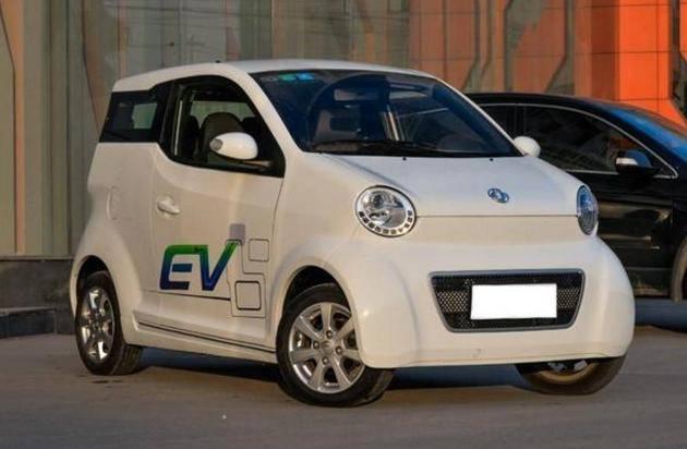 东风开始飘了!这车比QQ还小,内饰简陋过面包车,售价却高达16万