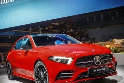 新车 | 奔驰全新一代A级车年内国产! 组局宝马1系、奥迪A3抢夺年轻市场