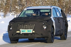 现代将推全新8座SUV 冰雪路试伪装谍照曝光