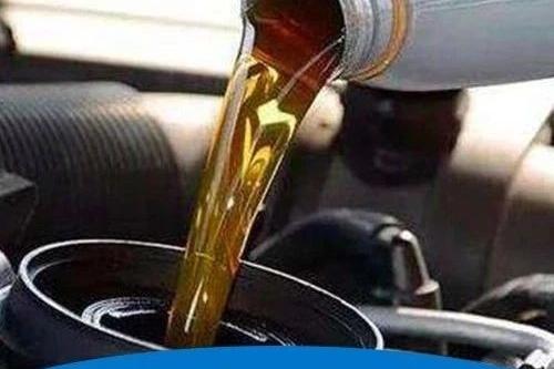 """换机油都会""""剩一点"""",漏不干净怎么处理,老司机说一招太有用了"""