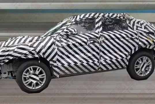 长安CS85曝光,定位轿跑SUV比CS75级别更高,外形堪比宝马X4