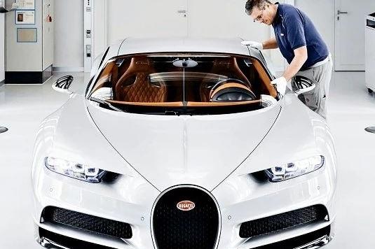 新车 | 第100辆正式问世,梦幻超跑布加迪Chiron是怎样诞生的?