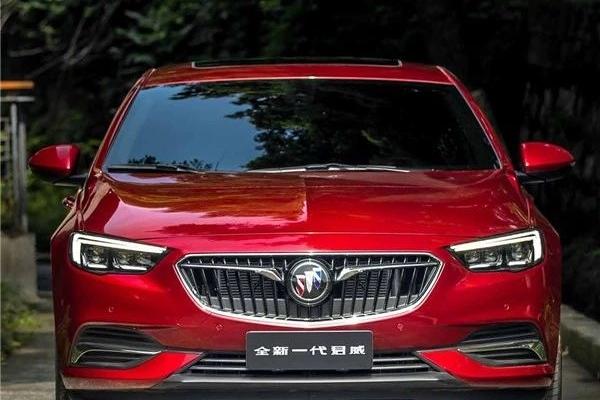 20万价位的主流B级车,它不仅颜值高,配置还多出好几万