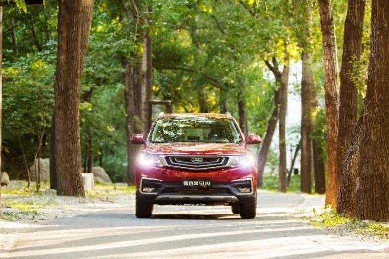 208项全新升级,新远景SUV8万级性价王的地位更加稳固