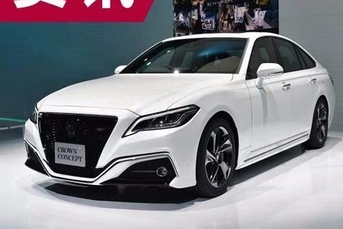 6月26日首发 新一代丰田皇冠现身日本街头