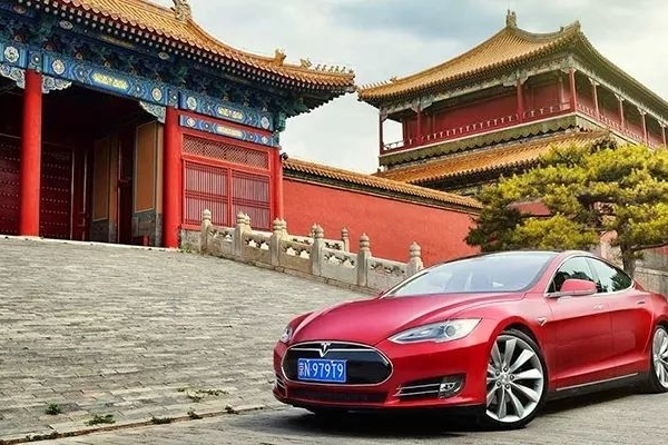 """国产特斯拉要来了!将在上海建立第一家海外工厂""""无畏舰"""""""
