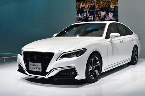 【新车】6月26日首发 丰田全新皇冠量产版谍照