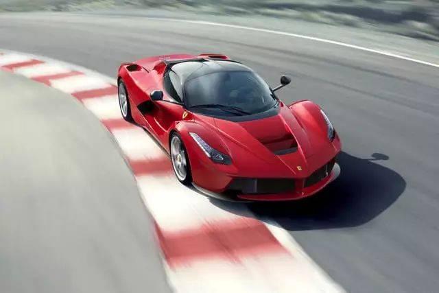 世界最快车速的保持者不是布加迪而是它