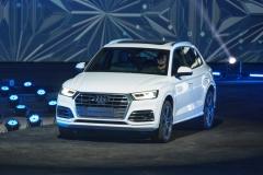 奥迪Q5L上市 同级首款长轴距豪华SUV不足40万