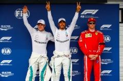 F1匈牙利站雨神实力初现 汉密尔顿夺杆位