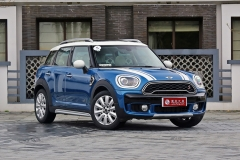 新款MINI COUNTRYMAN/CLUBMAN售价公布 换装新LOGO
