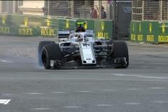 F1新加坡站FP1 里卡多最快 勒克莱尔撞墙