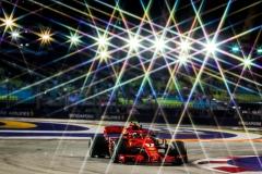 F1新加坡站FP2:莱科宁最快 维特尔撞车
