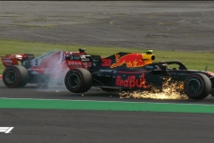 F1日本站维特尔擦碰维斯塔潘 总冠军希望几乎破灭