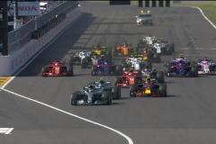F1日本站汉密尔顿夺冠 维特尔碰撞后追到第六