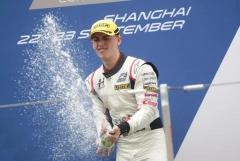 亚洲F3上海站第八/九回合 休斯重回积分榜榜首