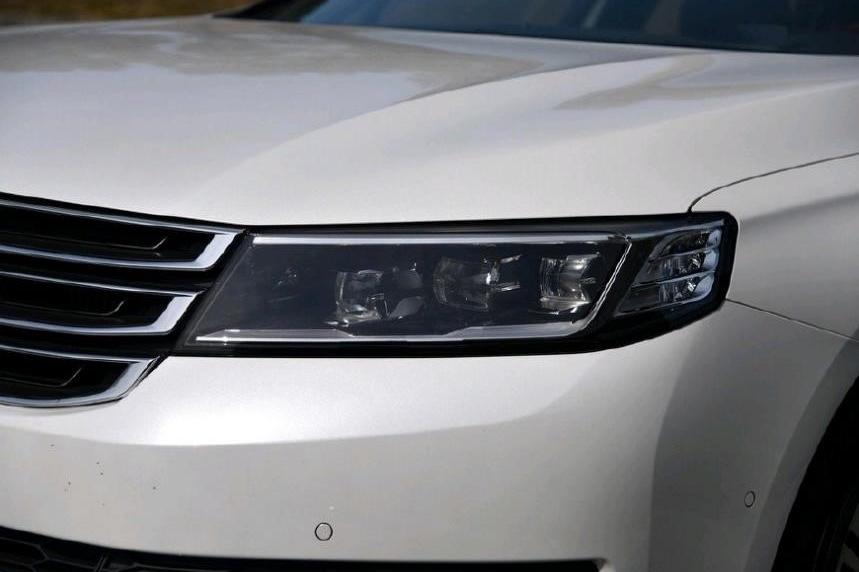最悲哀的中大型豪车,整月仅卖出1辆,车长超5米,全系LED仅18万