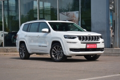 Jeep大指挥官新增四驱入门版 售28.98万元