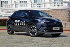 丰田奕泽IZOA新增车型上市 增天窗配置/售16.28万起