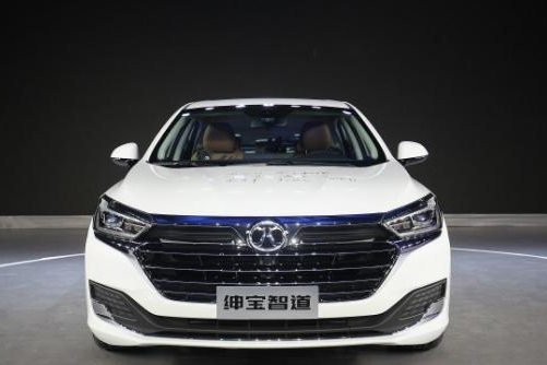预售价8.99万的北汽绅宝智道,将凭实力挑战家轿市场!