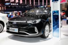 2018广州车展:江淮iEVA60正式发布