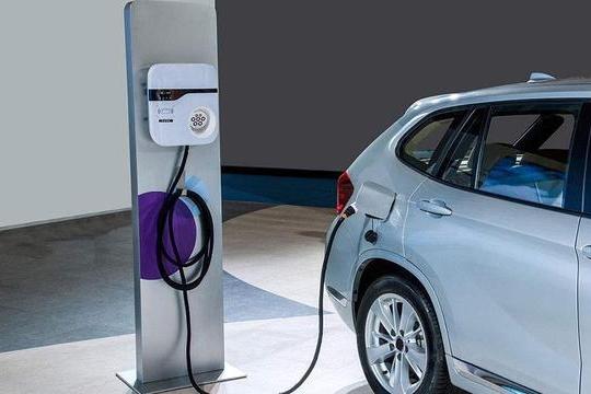 路咖评:电动车发展最大的问题 其实并非充电