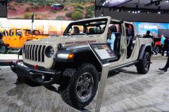 Jeep首款皮卡Gladiator发布 实用属性再度升级