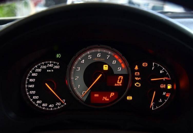 """适合改装的""""平民跑车""""14款5万公里的丰田86 15万划算吗"""