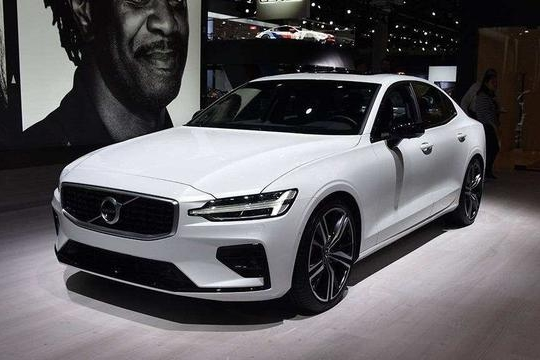 路咖与车:想靠混动打开市场的沃尔沃全新S60 该怎么做?