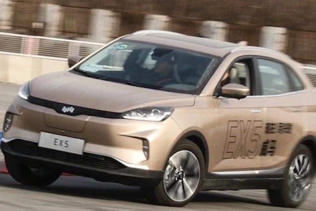 如果新能源汽车有比赛 威马EX5可能是全能冠军