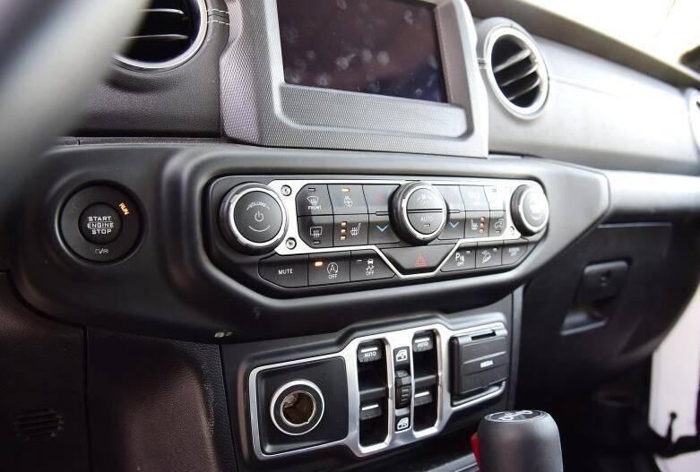 舒适性差且油耗高的中型SUV卖54万,为何市场热度极高
