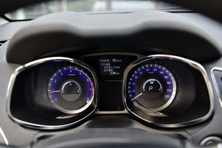 搭载1.5T+6DCT的紧凑型SUV仅8万,为何还卖不出去?