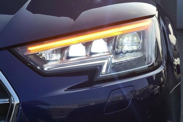 外形低调如A4,实际4.7S破百,价格比同级奔驰便宜17万!