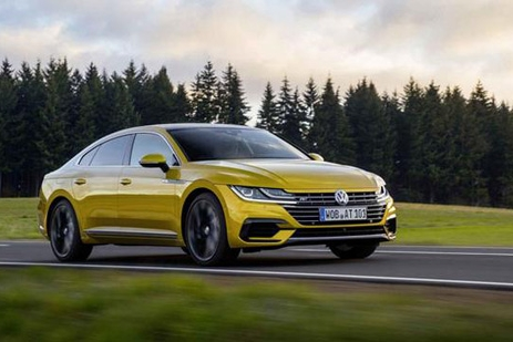 """一度被称为""""最美大众车"""",无框车门设计,丝毫不逊于奥迪A5"""